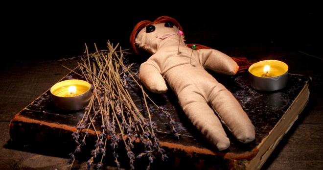 Voodoo păpușă - cum să vă faceți propriile mâini și cum să o gestionați?